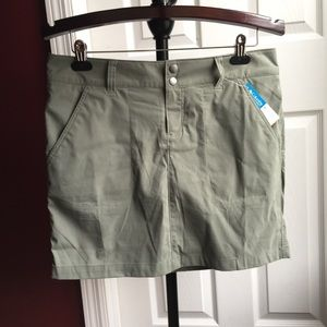 Columbia Skort Saturday Trail 10 NWT
